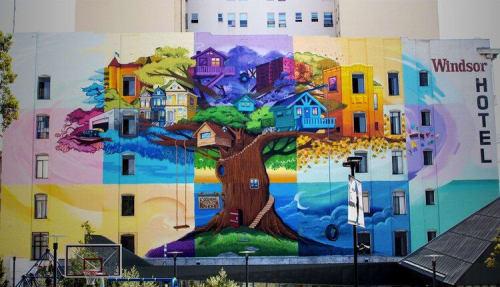 Last Ones Studio - Art and Street Murals