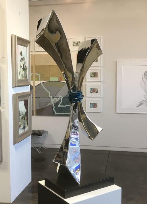 Soul Tie | Public Sculptures by Innovative Sculpture Design