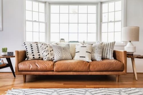 Hudson & Harper Co - Pillows and Rugs & Textiles