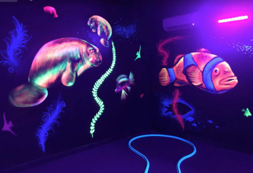 Murals by Works of Stark Murals and Design seen at Private Residence, Davenport - Glow in the dark Black Light Sea Mural