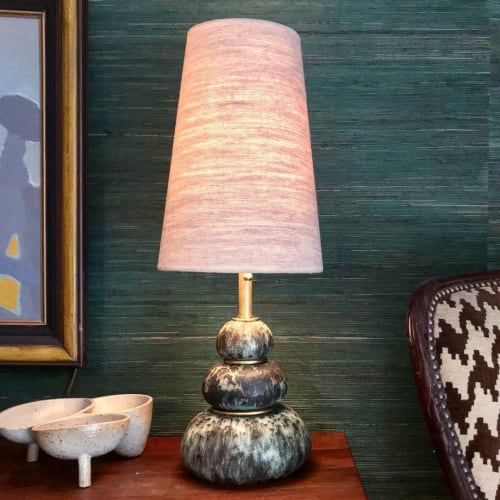 Lamps by Mizrahi-Hellmann Ceramics seen at Private Residence, Los Angeles - Cairn Lamp