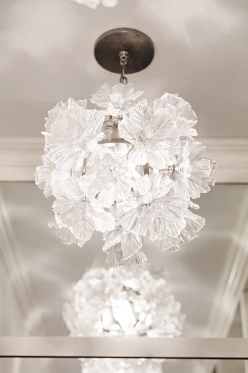Chandeliers by Elizabeth Lyons Glass seen at Private Residence, New York - Dandelion Chandelier