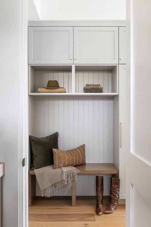 Interior Design by Jula Cole Design seen at Private Residence, Solana Beach - Daniels