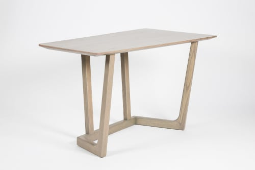 Furniture by Matriz Design seen at Buenos Aires, Buenos Aires - TOM DESK