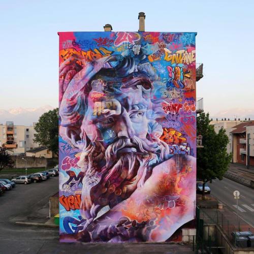 Street Murals by PichiAvo seen at Grenoble, Grenoble - Poseidon