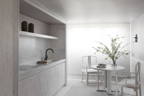 Architecture by Guillaume Alan seen at Private Residence, Paris, Paris - Bespoke kitchen