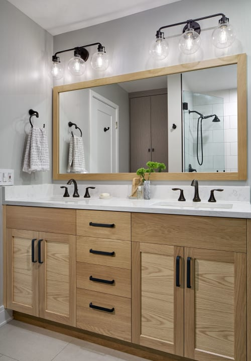 Interior Design by Erica Lugbill seen at Private Residence, Chicago, Chicago - Dearborn Park Townhome Remodel