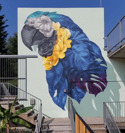 Murals by Alessandro Etsom seen at Private Residence, Mozzo - Blue Macaw