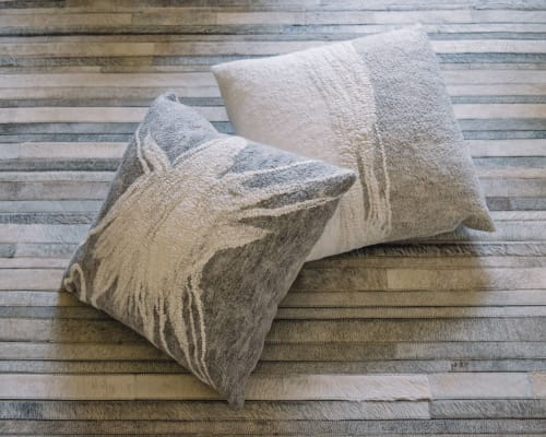 Interior Design by Fog & Fury seen at De Sousa Hughes LLC, San Francisco - Fracture & Strata pillows