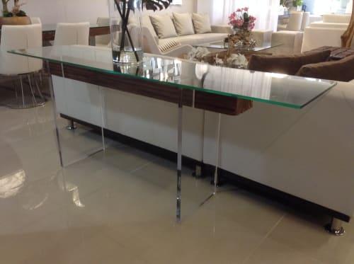 Furniture by Gusto Design Collection seen at Miami, Miami - FIORELITA