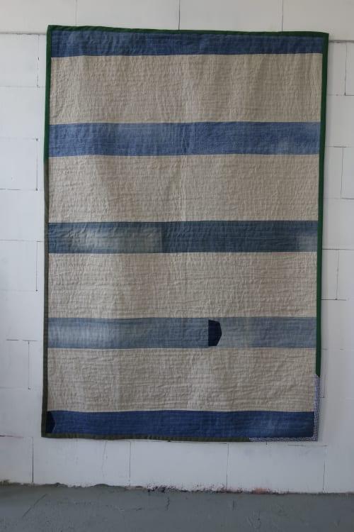 Linen Denim Quilt | Spring | Couches & Sofas by DaWitt | Farbenfabrik in Leipzig