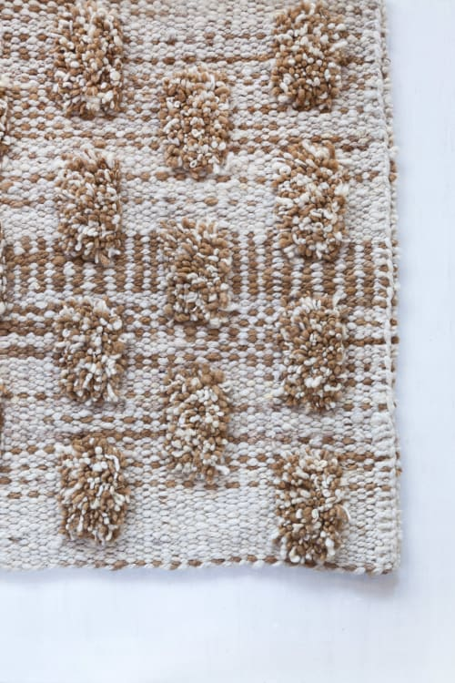 Rugs by AWANAY seen at Private Residence, Buenos Aires Province - MARGARITAS OVERA RUG