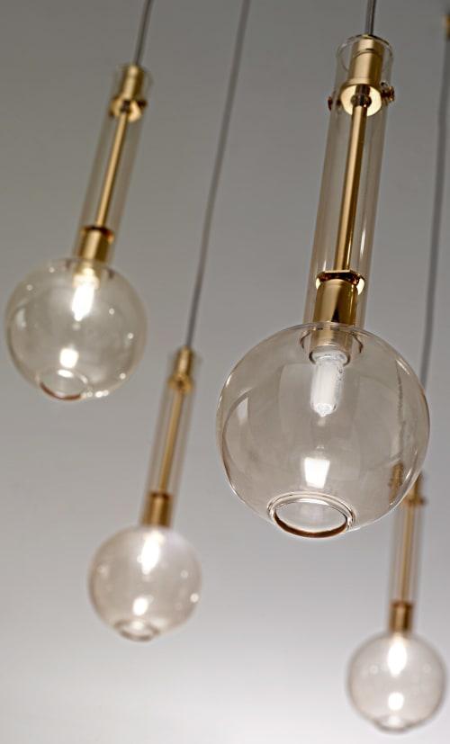 Pendants by Romani Saccani Architetti Associati seen at Creator's Studio, Venice - Ampolla