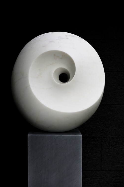 Sculptures by Yoko Kubrick seen at Private Residence, San Francisco - Omphalos