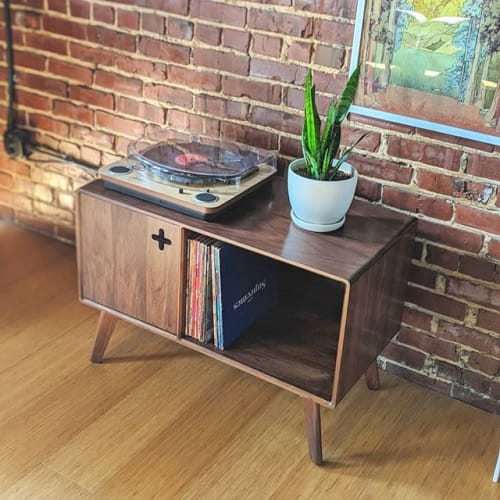 Max Moody Design - Furniture