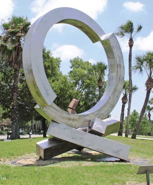 Art Curation by Rob Lorenson seen at Private Residence, Siesta Key - Split Ring in Balance