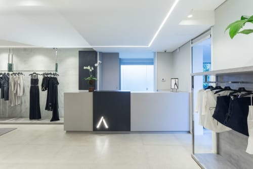 Architecture by Nina Abadjieff seen at Private Residence, Belo Horizonte - Alphorria Store