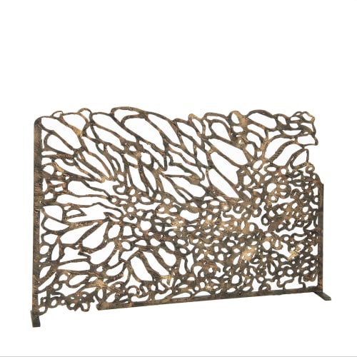 Fireplaces by Claire Crowe Collection seen at Private Residence, University Park - Reef fire screen