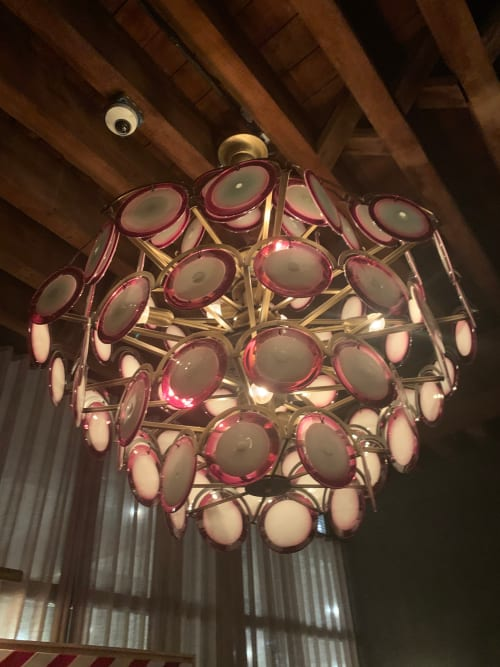 Chandeliers by Sogni Di Cristallo seen at DUMBO House, Brooklyn - Saucer Chandelier