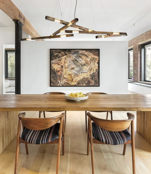 Chandeliers by Daikon Studio seen at Private Residence, New York - Grand Dynamic Stilk Chandelier in Brass