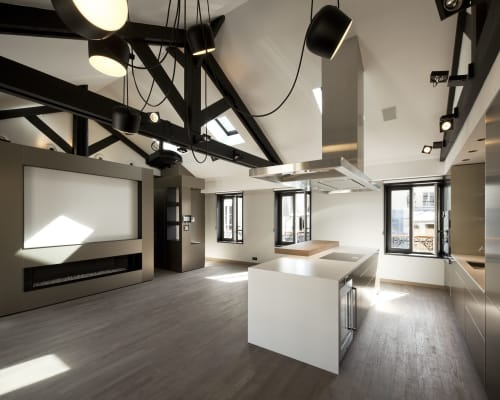 Lighting by Modular Lighting Instruments seen at Private Residence, 7th arrondissement of Paris, Paris - Lighting