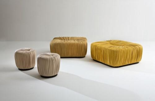 Couches & Sofas by Laurameroni Design Collection seen at Locherber Milano, Milano - Drapè pouf