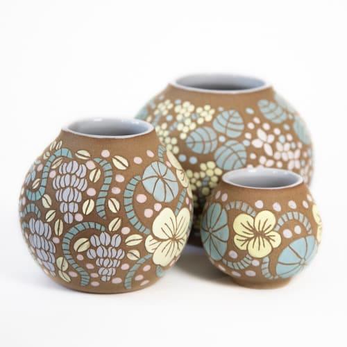 Flower Pots | Vases & Vessels by Tina Fossella Pottery