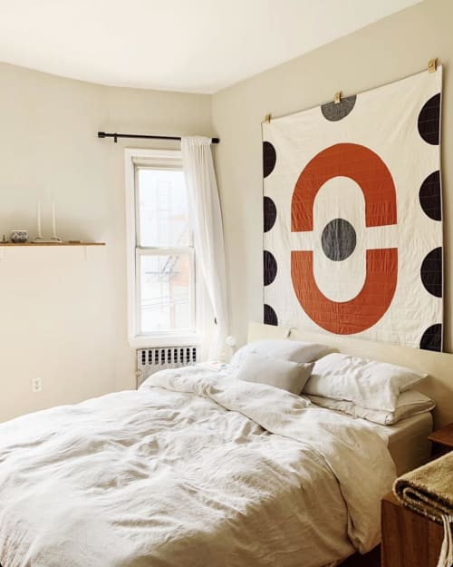 Wall Hangings by Vacilando Quilting Co. seen at Lindsey Swedick's Brooklyn Apartment, Brooklyn - Chisos Throw Quilt