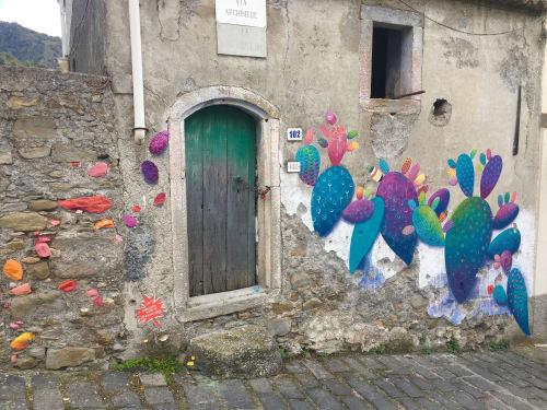 Street Murals by Melanie Ellery seen at Graniti, Graniti - fichi d'India Mural