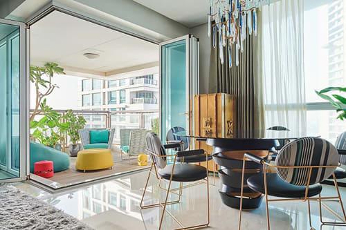 Interior Design by SHROFFLEóN seen at Private Residence, Mumbai - Half Arc House