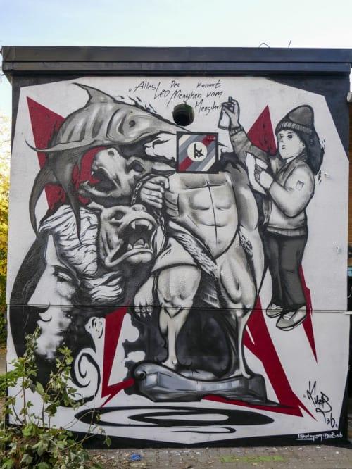 Street Murals by KUZB136 seen at Teufelsseechaussee 10, Berlin - In the chaos - The World of KUZB136