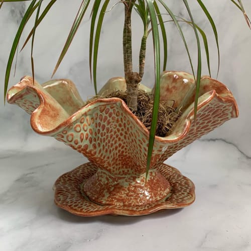 Vases & Vessels by Queen Bee Pottery seen at Private Residence, Coconut Creek - Planter Pot