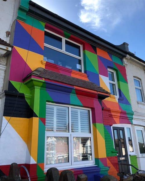 Murals by SNUB23 seen at Private Residence, Brighton - HOUSE FRONTAGE