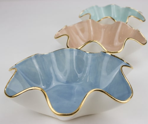 Tableware by Susan Gordon Pottery seen at Susan Gordon Pottery Studio, Birmingham - Abstract Wavy Bowls