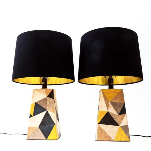 Lamps by Mizrahi-Hellmann Ceramics seen at Private Residence, Los Angeles - Triangle Lamp