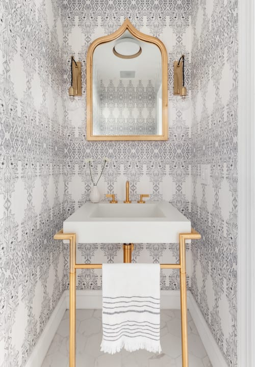 Wallpaper by Allison Lind Interiors at Private Residence, New York - Allison Lind