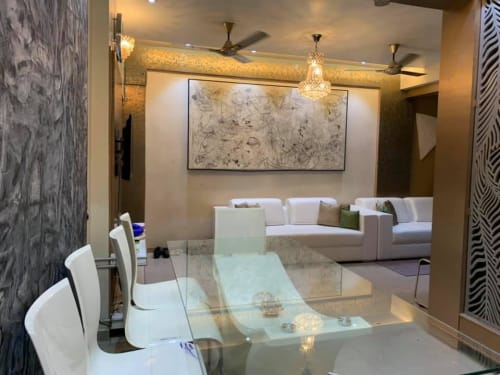 Interior Design by Ajay Choudhary seen at Private Residence, Ahmedabad - Abstract Painting