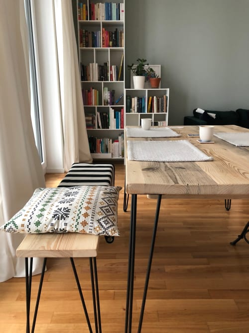 Surprising Reclaimed Wood Dining Table And Bench By Riz And Mica Make Frankydiablos Diy Chair Ideas Frankydiabloscom