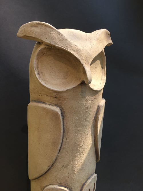 Sculptures by Gregory Fields seen at Private Residence, Bend - The Watcher