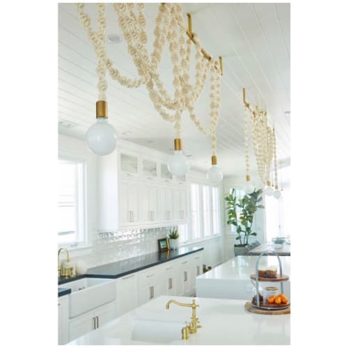 Chandeliers by Windy Chien seen at Private Residence, Manhattan Beach - Helix Chandeliers