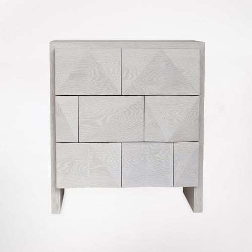 Tables by Cuffhome seen at Private Residence, Brooklyn, Brooklyn - Gem Facet Bed Side Table