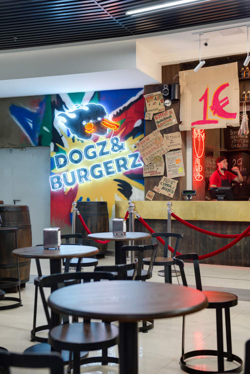 Interior Design by YUDIN Design seen at Globus Mall, Kyiv - Dogz&Burgers