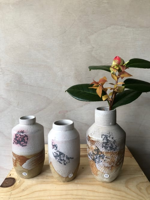 Vases & Vessels by Gail Altschuler seen at Private Residence, London - Gail Altschuler Ceramics