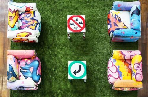 Art Curation by Wuna graffiti seen at Montreal, Montreal - Sofas graffiti