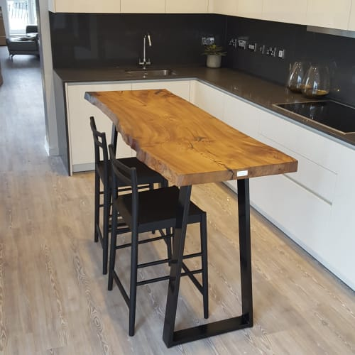 Tables by Handmade in Brighton seen at Private Residence, Bath - Elm Single Slab Live-Edge Breakfast Bar