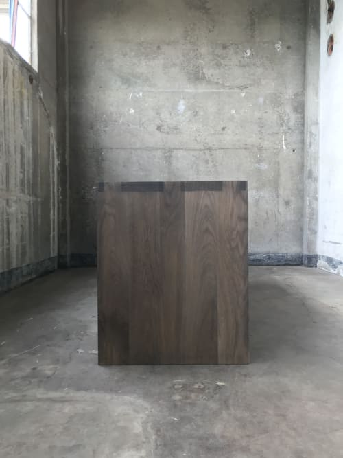 Tables by Old Fashioned Lumber seen at Private Residence, San Diego - Dovetail Oak Table