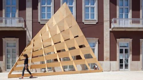 Public Sculptures by FAHR 021.3 seen at Garrett Theatre, Póvoa de Varzim - Ensaio 04