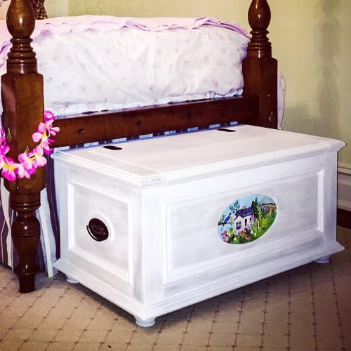 Beds & Accessories by American Revolution Design seen at Private Residence - Fairfield, CT, Fairfield - Keepsake Chest