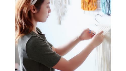 Peachlady Crafts - Macrame Wall Hanging and Art