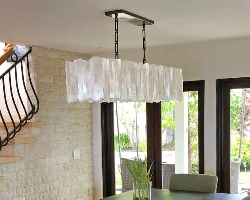 Chandeliers by Ron Dier Design seen at Private Residence, Laguna Beach - Selenite Chandelier Rectangle